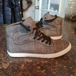 Vans hadley hi top sneakers 5.5